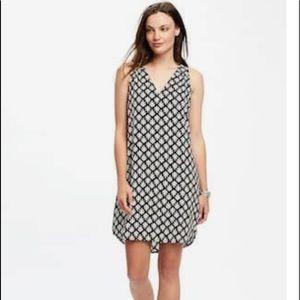 Old Navy Rayon black/white tunic dress size medium